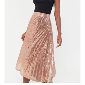 NWT top rated Sequin skirt